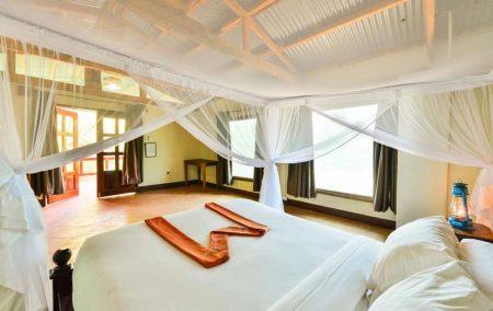Amuka Safari Lodge