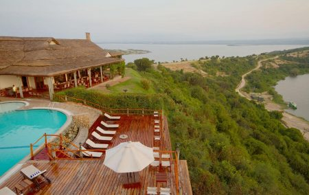 Luxury African Safaris for Wildlife & Primates Holiday