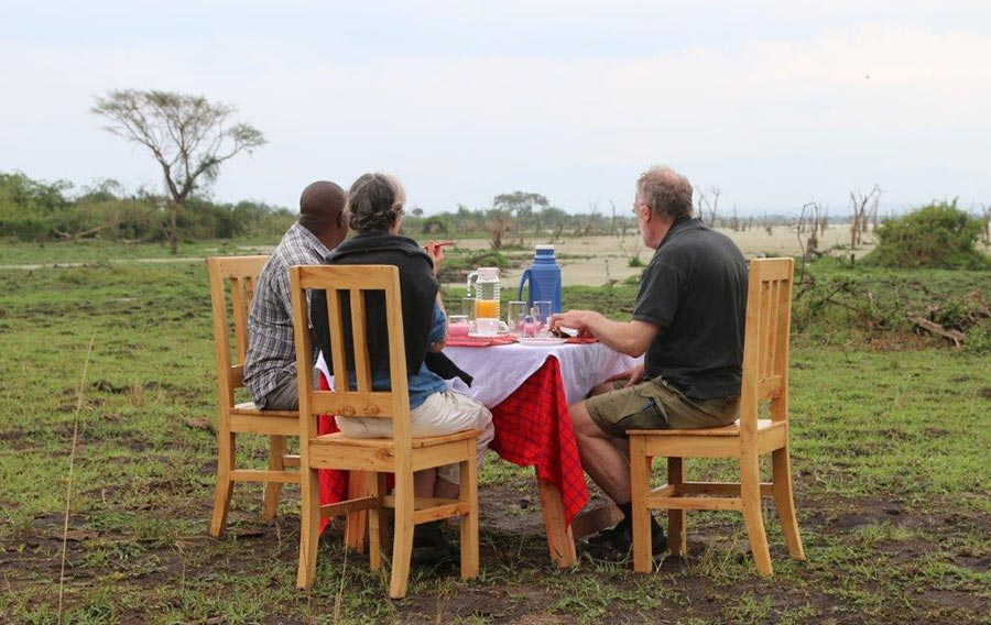 Kasenyi Safari Lodge in Queen Elizabeth